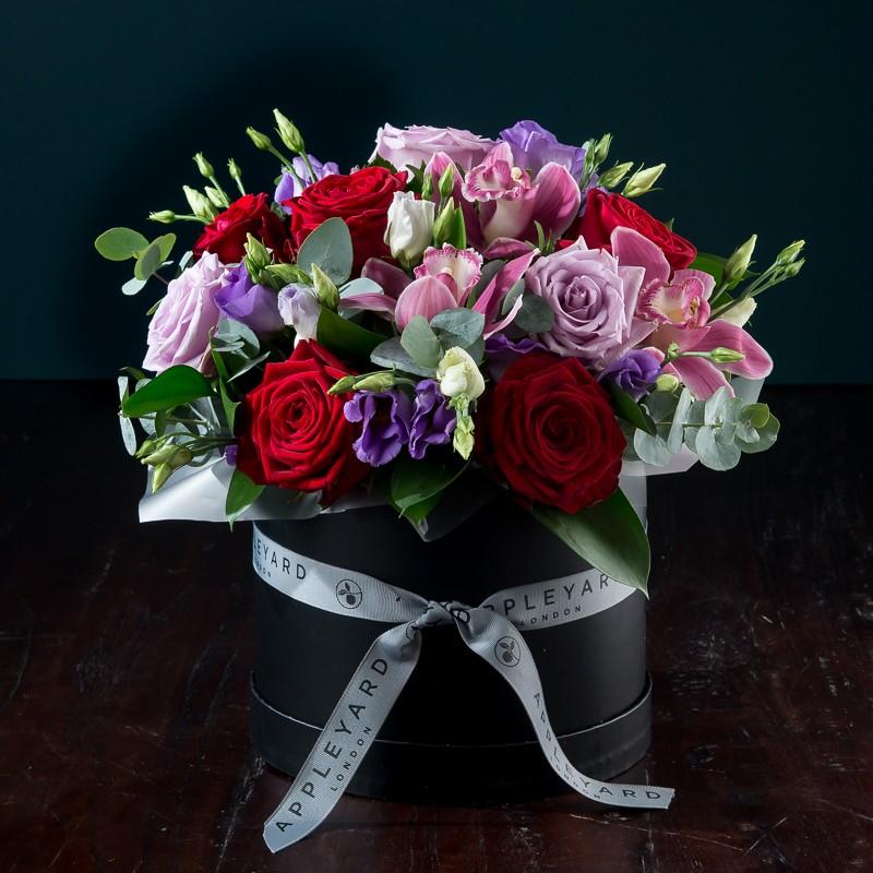 valentines hatbox by Appleyard London- valentines flowers