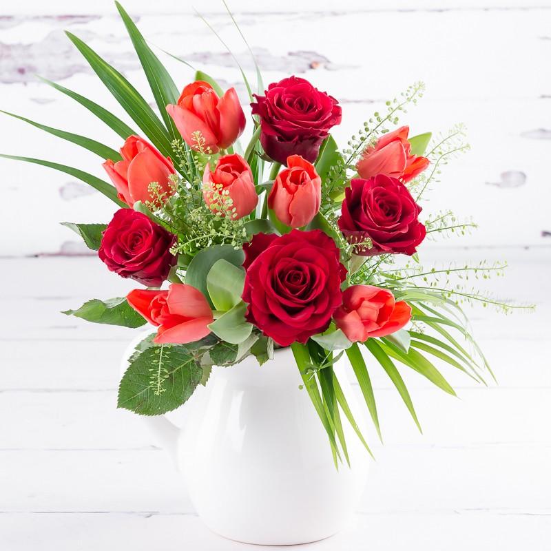 Valentines luxury jug by Appleyard London- valentines flowers