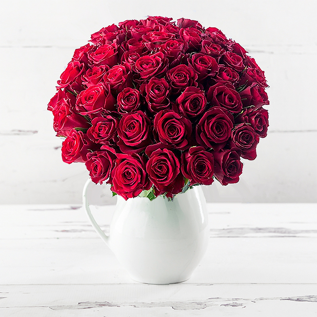 50 Red Roses & Jug Gift Set