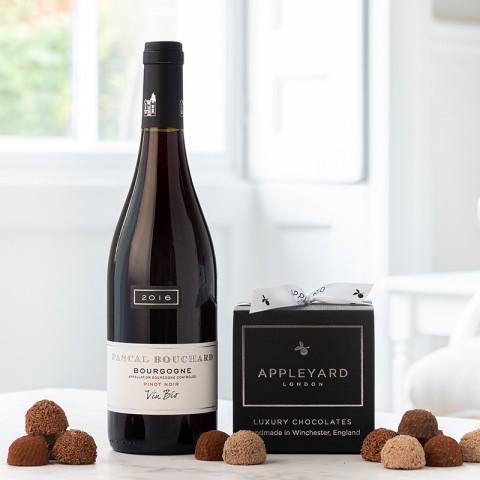 Bourgogne Pinot Noir, Organic and 12 handmade Chocolate Truffles