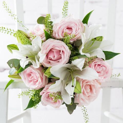 Simply Pink Rose & Lily & Cloudy Bay Sauvignon Blanc